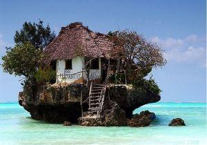 Ristorante in riva al mare a Zanzibar