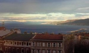Trieste, le montagne sullo sfondo