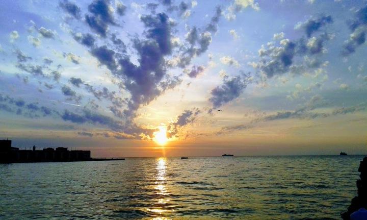 trieste tramonto 1 aprile